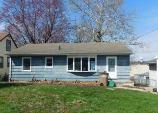 Pre Foreclosure in West Des Moines 50265 12TH ST - Property ID: 1570824561