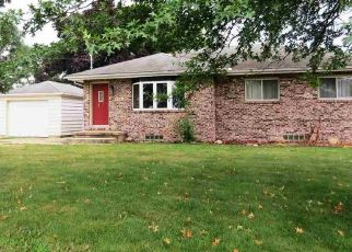 Pre Foreclosure in Waterloo 50702 HAMMOND AVE - Property ID: 1570853912