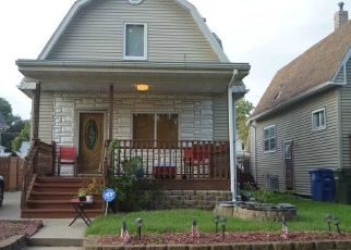 Pre Foreclosure in Waterloo 50702 HAWTHORNE AVE - Property ID: 1570859149