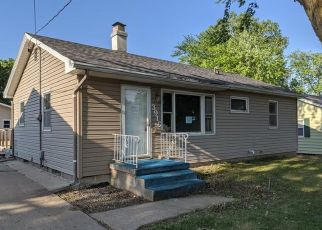Pre Foreclosure in Sioux City 51103 W 4TH ST - Property ID: 1570875811