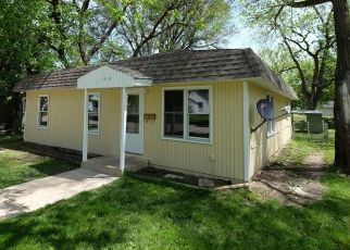 Pre Foreclosure in Spencer 51301 3RD AVE W - Property ID: 1570899903