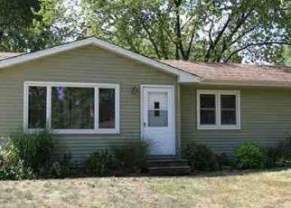 Pre Foreclosure in Waterloo 50702 SOUTHCREST DR - Property ID: 1570990553