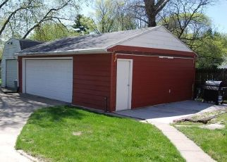Pre Foreclosure in Cedar Rapids 52402 34TH ST NE - Property ID: 1571050554
