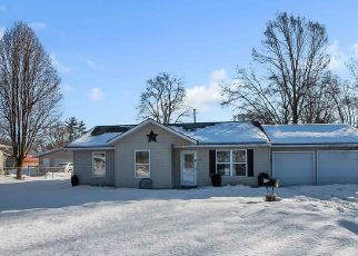 Pre Foreclosure in Osceola 46561 S APPLE RD - Property ID: 1571101354