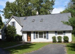 Pre Foreclosure in Avon 46123 E COUNTY ROAD 100 S - Property ID: 1571102227