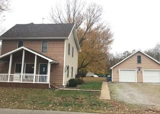 Pre Foreclosure in South Whitley 46787 N CALHOUN ST - Property ID: 1571143851
