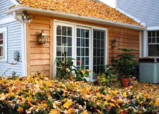 Pre Foreclosure in Winona Lake 46590 4TH ST - Property ID: 1571186772