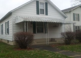 Pre Foreclosure in Lincoln 62656 N LOGAN ST - Property ID: 1571233179