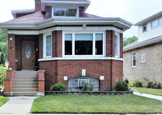 Pre Foreclosure in Elmwood Park 60707 W BIRCHDALE AVE - Property ID: 1571319467