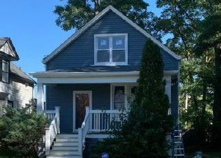 Pre Foreclosure in Chicago 60643 S WINSTON AVE - Property ID: 1571343563