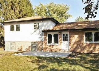 Pre Foreclosure in South Holland 60473 LOUIS AVE - Property ID: 1571350118