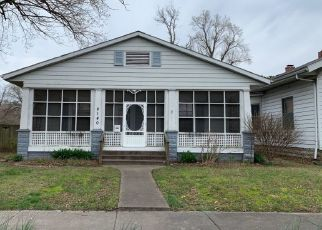 Pre Foreclosure in Murphysboro 62966 DIVISION ST - Property ID: 1571441673