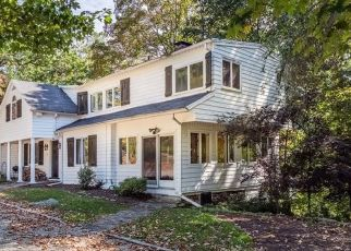 Pre Foreclosure in Westport 06880 COMPO RD S - Property ID: 1571757442