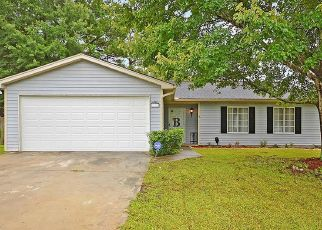 Pre Foreclosure in Summerville 29483 APACHE DR - Property ID: 1571817897