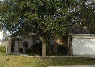 Pre Foreclosure in Cypress 77429 GEAREN CT - Property ID: 1571886650