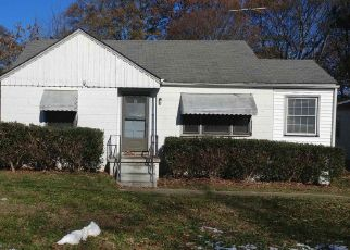 Pre Foreclosure in Atlanta 30337 MERCER AVE - Property ID: 1571987825