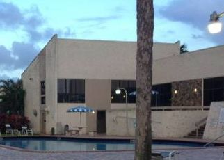 Pre Foreclosure in Hollywood 33021 N 40TH AVE - Property ID: 1572402128