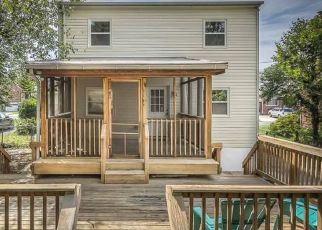 Pre Foreclosure in Baltimore 21229 WEST HILLS PKWY - Property ID: 1572609298