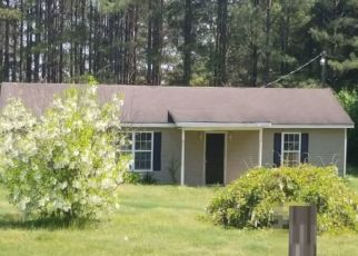 Pre Foreclosure in Luverne 36049 CENTER RIDGE RD - Property ID: 1572817783