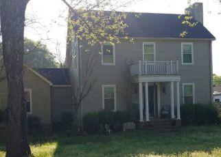 Pre Foreclosure in Tuscumbia 35674 WARREN AVE - Property ID: 1572830476