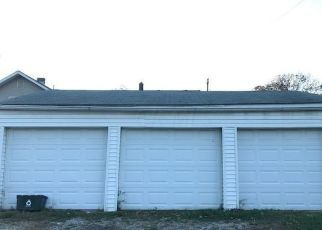 Pre Foreclosure in Groveport 43125 COLLEGE ST - Property ID: 1573029315