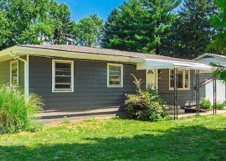 Pre Foreclosure in Columbus 43227 E DESHLER AVE - Property ID: 1573080116