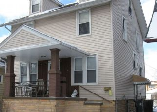 Pre Foreclosure in Wyandotte 48192 MAPLE ST - Property ID: 1573126553