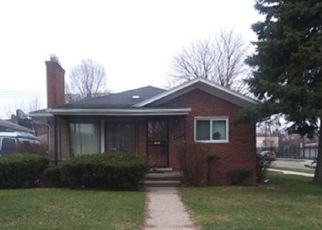 Pre Foreclosure in Detroit 48219 CAMBRIDGE AVE - Property ID: 1573134433