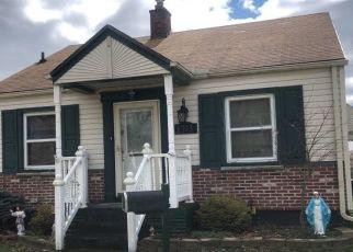 Pre Foreclosure in Wyandotte 48192 SYCAMORE ST - Property ID: 1573135755