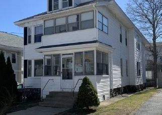 Pre Foreclosure in Lawrence 01841 LESLIE ST - Property ID: 1573229473