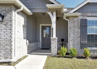 Pre Foreclosure in Bixby 74008 E 144TH ST S - Property ID: 1573367884