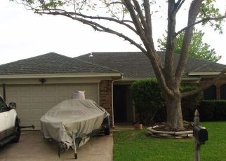 Pre Foreclosure in Fort Worth 76148 WHITEHURST DR - Property ID: 1573427886