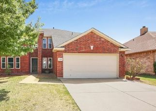 Pre Foreclosure in Arlington 76002 LAKE ROBERTS WAY - Property ID: 1573433121