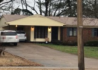 Pre Foreclosure in Memphis 38109 E SHELBY DR - Property ID: 1573449337
