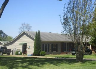 Pre Foreclosure in Jackson 38305 CHEYENNE DR - Property ID: 1573475171