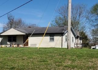 Pre Foreclosure in Rickman 38580 ERNEST LOOPER RD - Property ID: 1573509786