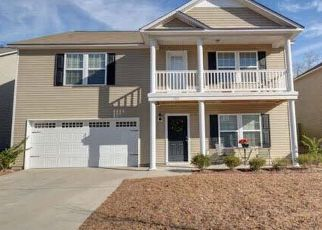 Pre Foreclosure in Elgin 29045 GREEN TURF LN - Property ID: 1573700295