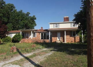 Pre Foreclosure in Pelzer 29669 PACK RD - Property ID: 1573764232