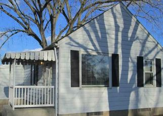 Pre Foreclosure in Peoria 61604 N GALE AVE - Property ID: 1574495210