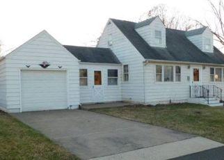 Pre Foreclosure in Bristol 19007 PURDUE ST - Property ID: 1574602974