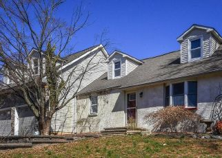 Pre Foreclosure in Newtown 18940 HALLOWELL DR - Property ID: 1574604268
