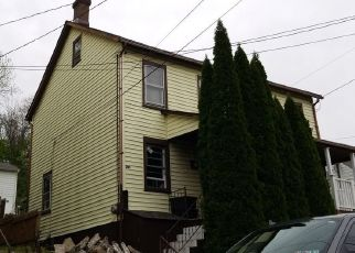 Pre Foreclosure in Easton 18042 SPRING ST - Property ID: 1574639307