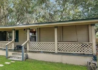 Pre Foreclosure in Kenansville 34739 LANDING RD - Property ID: 1574803105