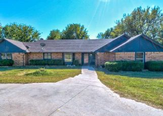 Pre Foreclosure in Ponca City 74604 ROCKY RIDGE PL - Property ID: 1574860940
