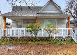 Pre Foreclosure in Lawton 73507 NW MAPLE AVE - Property ID: 1574896399