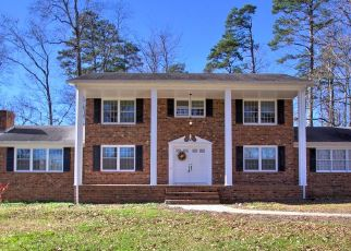 Pre Foreclosure in Greensboro 27406 FOREST OAKS DR - Property ID: 1575101370