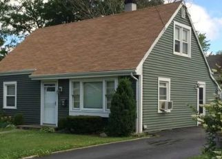 Pre Foreclosure in Stratford 06614 ALICE TER - Property ID: 1575284446