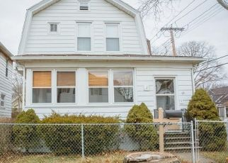 Pre Foreclosure in East Haven 06512 BEECHER PL - Property ID: 1575347964