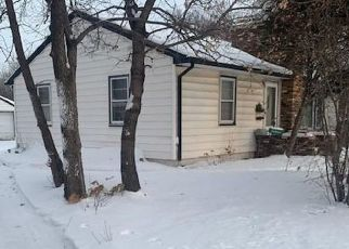 Pre Foreclosure in Minneapolis 55429 BROOKLYN BLVD - Property ID: 1575583137