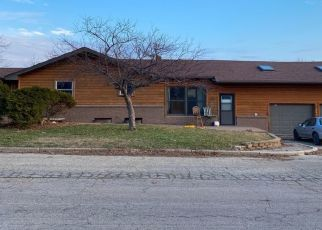 Pre Foreclosure in Lismore 56155 E 3RD ST - Property ID: 1575642268